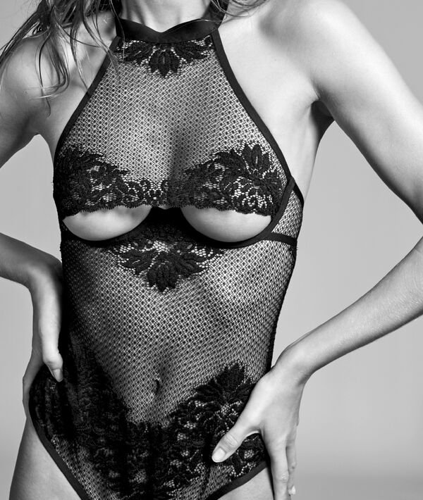 Mesh body with French lace;${refinementColor}