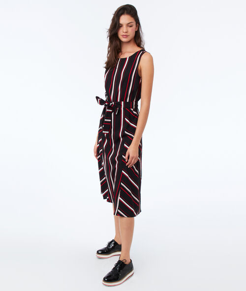 Knotted dress with stripes