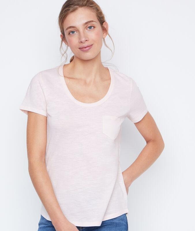 Round collar t-shirt nude.