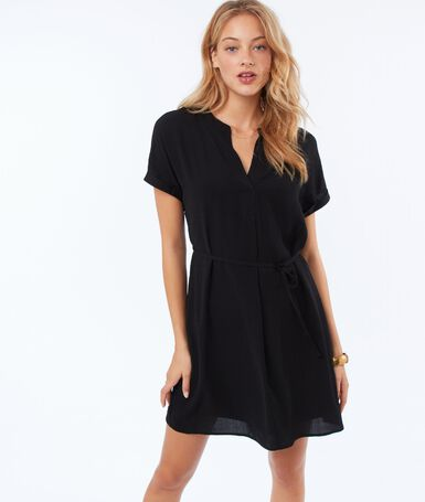 Flowing dress with belt black.