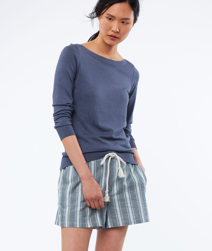 Wide-necked jumper slate grey.