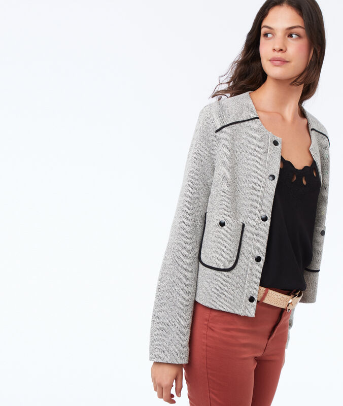 Buttoned jacket with round collar light flecked grey.