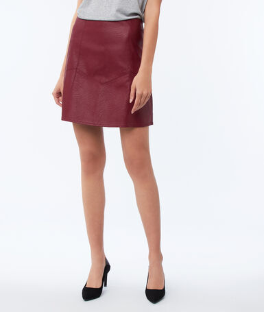Leather effect skirt anemone red.