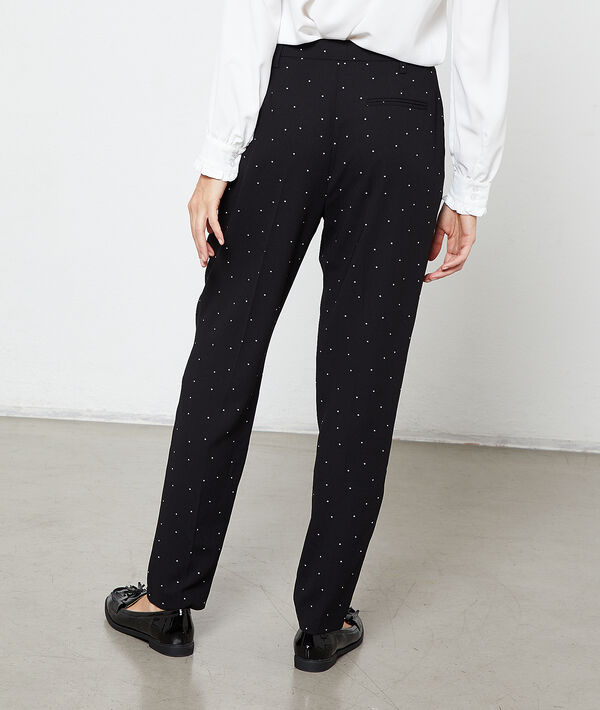 Peg trousers in dots
