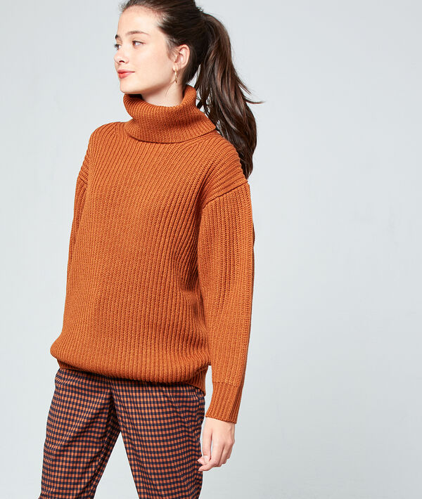 Turtleneck jumper in maxi knit