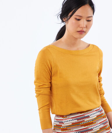 Wide-necked jumper honey.