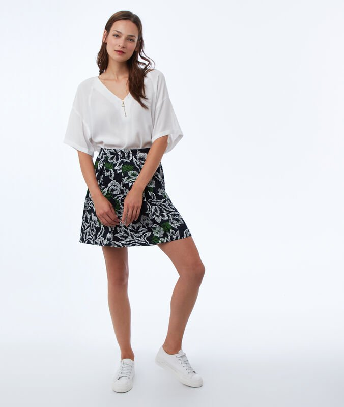 Skater skirt with floral print navy blue.