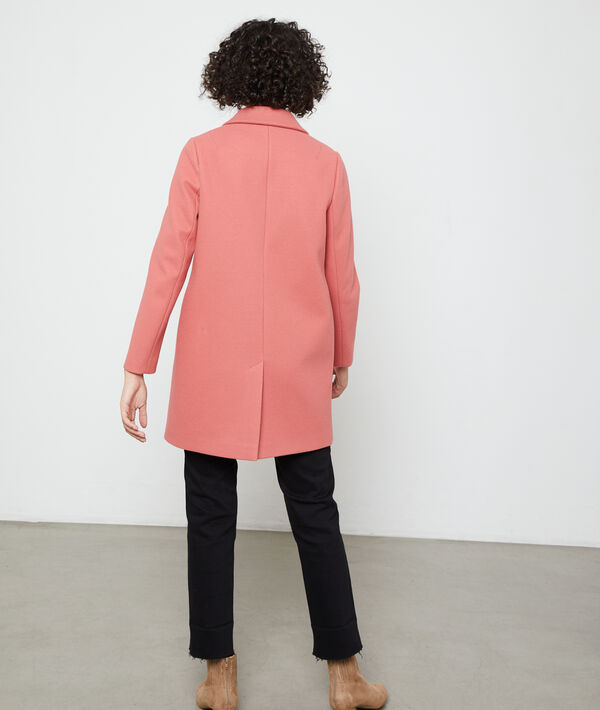 Coat in a straight cut