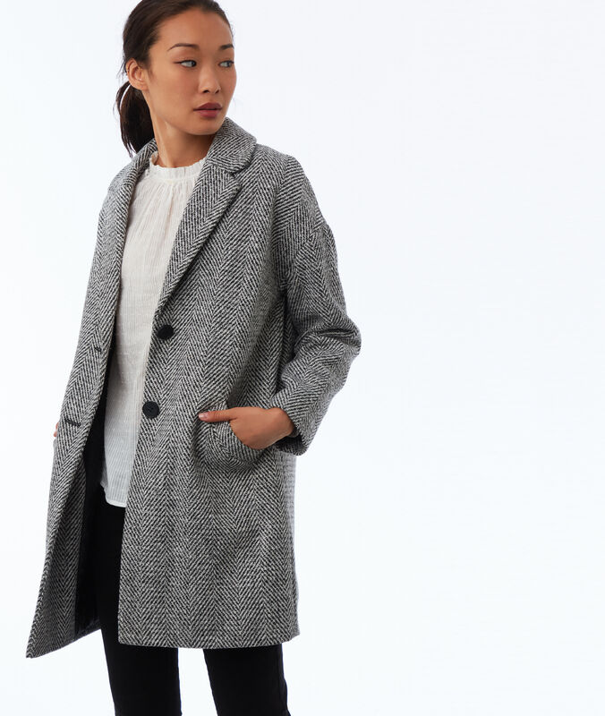 Buttoned coat with chevron patterns light flecked grey.