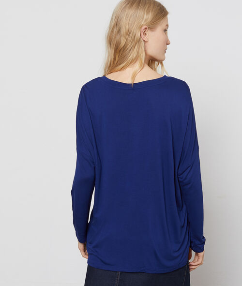 Long sleeve T-shirt with wide neck