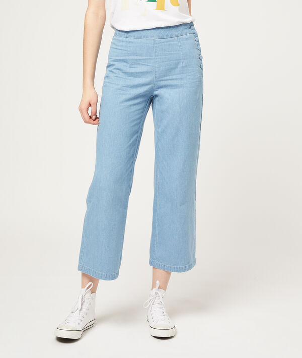 Wide leg jeans with buttons