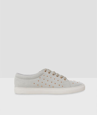 Studded sneakers light flecked grey.
