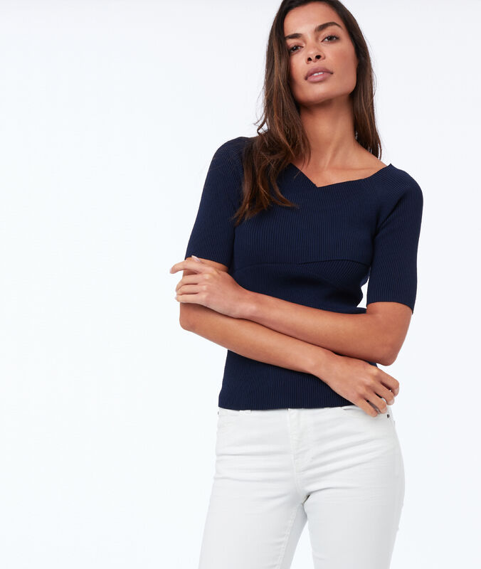Short-sleeved wrap sweater with v-neck navy blue.