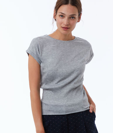 T-shirt tightened at the waist mottled gray.