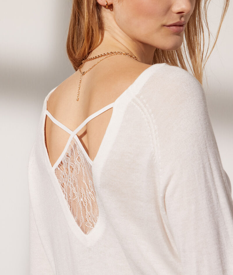 Fine knit top with lace back