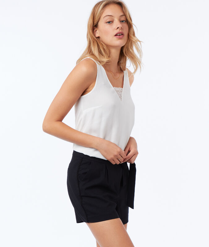 Shorts with a bow at the front navy blue.