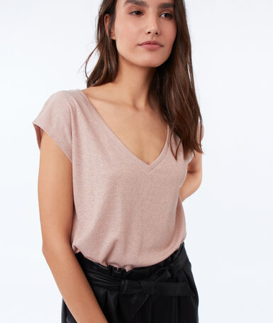 Metallic thread v-necked t-shirt pale pink.