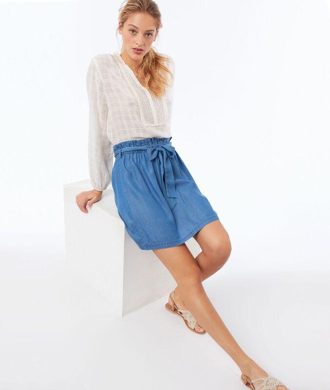 Cotton blouse with a tunisian neck ecru.