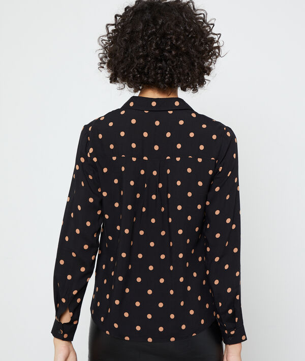 Shirt in dots