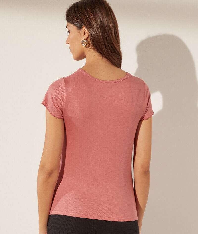 Buttoned V-neck t-shirt