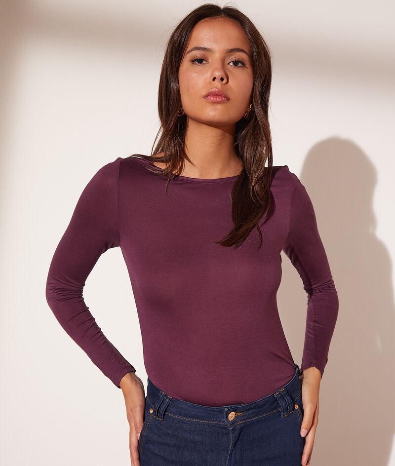 Long-sleeved boat neck t-shirt